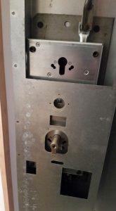 брава за врата 3