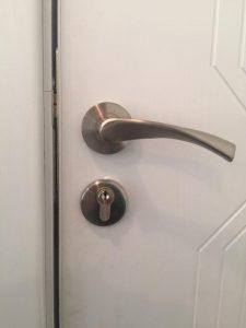 брава за врата 5